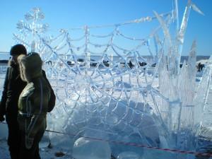 Ледяная паутина на Байкале