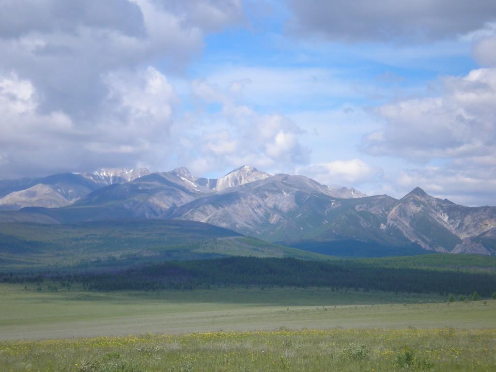 вокруг горы,горы