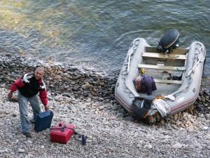 Дозаправка лодки и в путь