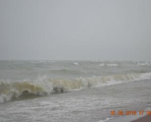 Такой шторм на Байкале бывает редко