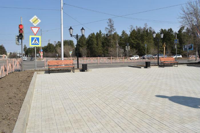 сквер у памятника ленина
